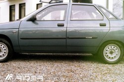 Молдинги дверей Lada 2110 1996-2007 седан Rider