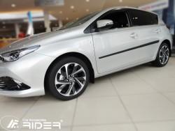 Молдинги дверей Toyota Auris 2013- рестайлинг Rider