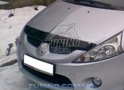 Дефлектор капота на Mitsubishi Grandis 2004-2011 EGR темный