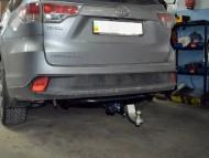 Фаркоп Toyota Highlander 2014- Полигон-авто квадрат вставка