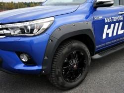 Расширители арок Toyota Hilux 2016- EGR