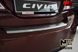 Накладка на бампер с загибом Honda Civic 2012- седан Premium