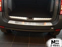 Накладка на бампер с загибом Renault Duster 2010- Premium