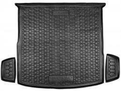 Черный коврик в багажник Volkswagen Tiguan 2016- резиновый Avto-Gumm